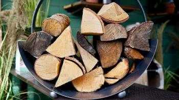 H4 EKO-D – malý kotel na dřevo, který chrání před běžnými topičskými chybami