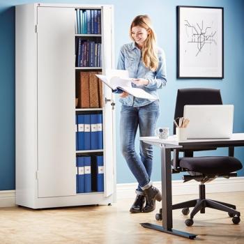 Kvalitní nábytek do kanceláře nebo domácí pracovny