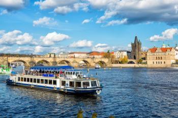 Plavba lodi Praha
