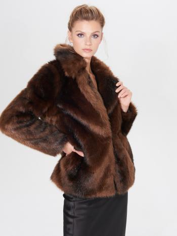 Jak vybrat dámskou zimní bundu? Nechte se inspirovat