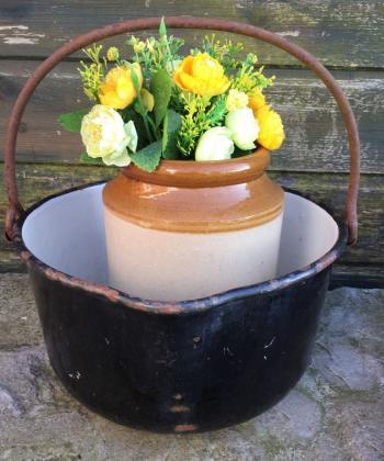 Smaltované nádobí – krásná dekorace